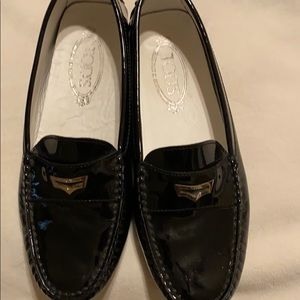 Tod's Black Patent City Gommini Loafers 38